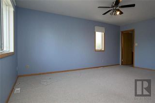 Photo 11: 174 James Carleton Drive in Winnipeg: Maples Residential for sale (4H)  : MLS®# 1820048
