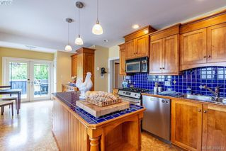 Photo 18: 1252 Oxford Street in VICTORIA: Vi Fairfield West Single Family Detached for sale (Victoria)  : MLS®# 395832