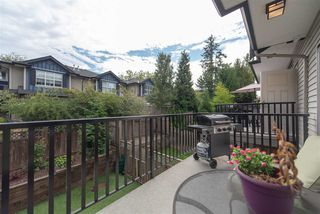 "Photo 14: 35 7090 180 Street in Surrey: Cloverdale BC Townhouse for sale in ""CROSSROADS"" (Cloverdale)  : MLS®# R2306037"
