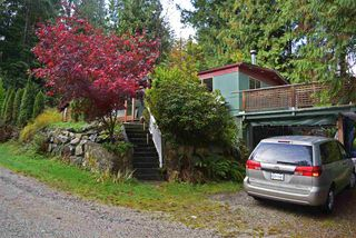 Main Photo: 5683 UPLAND Road in Sechelt: Sechelt District Manufactured Home for sale (Sunshine Coast)  : MLS®# R2318660
