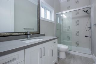 Photo 11: 7473 WILTSHIRE Drive in Surrey: East Newton House for sale : MLS®# R2319561