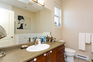 """Photo 5: 415 5430 201 Street in Langley: Langley City Condo for sale in """"The Sonnet"""" : MLS®# R2329525"""