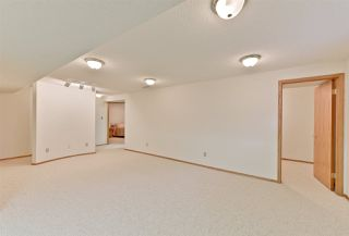 Photo 10: 151 COUNTRY CLUB Place in Edmonton: Zone 22 House Half Duplex for sale : MLS®# E4139678