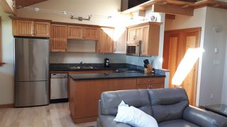 Photo 2: 1333 GOWER POINT Road in Gibsons: Gibsons & Area House for sale (Sunshine Coast)  : MLS®# R2335871