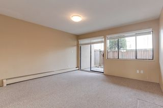 """Photo 10: 68 17712 60 Avenue in Surrey: Cloverdale BC Condo for sale in """"Clover park Gardens"""" (Cloverdale)  : MLS®# R2338391"""