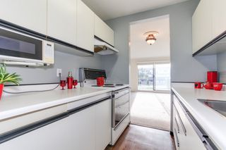 """Photo 9: 68 17712 60 Avenue in Surrey: Cloverdale BC Condo for sale in """"Clover park Gardens"""" (Cloverdale)  : MLS®# R2338391"""