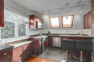 "Photo 15: 2636 PRINCE ALBERT Street in Vancouver: Mount Pleasant VE House for sale in ""Mt Pleasant"" (Vancouver East)  : MLS®# R2346370"