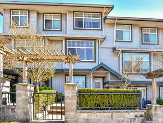 "Photo 1: 2 22466 NORTH Avenue in Maple Ridge: East Central Townhouse for sale in ""NORTH FRASER ESTATES"" : MLS®# R2352760"