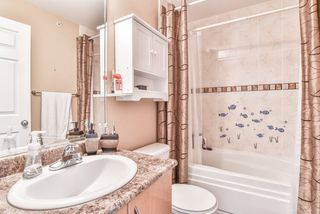 "Photo 16: 2 22466 NORTH Avenue in Maple Ridge: East Central Townhouse for sale in ""NORTH FRASER ESTATES"" : MLS®# R2352760"