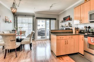 "Photo 8: 2 22466 NORTH Avenue in Maple Ridge: East Central Townhouse for sale in ""NORTH FRASER ESTATES"" : MLS®# R2352760"