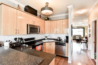 "Photo 11: 2 22466 NORTH Avenue in Maple Ridge: East Central Townhouse for sale in ""NORTH FRASER ESTATES"" : MLS®# R2352760"
