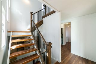 Photo 3: 7120 130 Avenue in Edmonton: Zone 02 House for sale : MLS®# E4150145