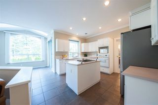 Photo 7: 1695 KINGFISHER Crescent in Coquitlam: Westwood Plateau House for sale : MLS®# R2357038