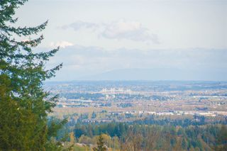 Photo 18: 1695 KINGFISHER Crescent in Coquitlam: Westwood Plateau House for sale : MLS®# R2357038