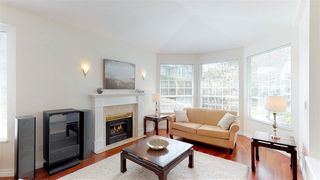 Photo 3: 11 2688 150 Street in Surrey: Sunnyside Park Surrey Townhouse for sale (South Surrey White Rock)  : MLS®# R2359293