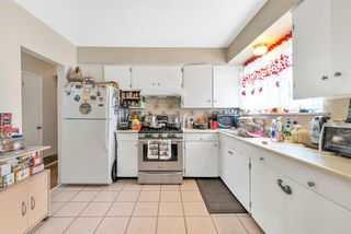 Photo 7: 3746 FRANCES Street in Burnaby: Willingdon Heights House for sale (Burnaby North)  : MLS®# R2361024