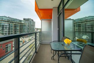 "Photo 12: 506 123 W 1ST Avenue in Vancouver: False Creek Condo for sale in ""COMPASS"" (Vancouver West)  : MLS®# R2363545"