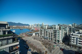 "Photo 13: 506 123 W 1ST Avenue in Vancouver: False Creek Condo for sale in ""COMPASS"" (Vancouver West)  : MLS®# R2363545"