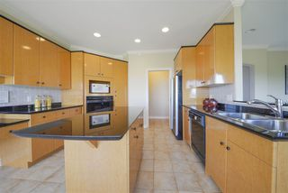 Photo 5: 3140 SILVERTHRONE Drive in Coquitlam: Westwood Plateau House for sale : MLS®# R2368088