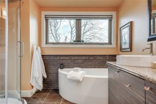 Photo 21: 3727 KERRYDALE Road SW in Calgary: Rutland Park Detached for sale : MLS®# C4220513
