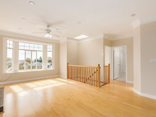 Photo 5: 1125 East 61st Avenue in Vancouver: South Vancouver Home for sale ()  : MLS®# R2002143