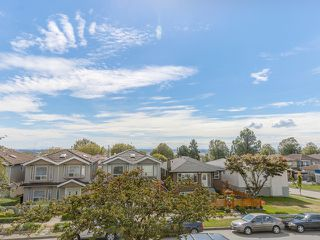 Photo 2: 1125 East 61st Avenue in Vancouver: South Vancouver Home for sale ()  : MLS®# R2002143