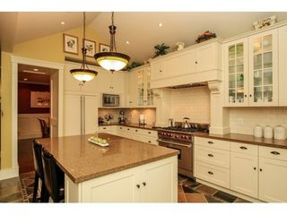 Photo 8: 638 HILLCREST Street in Coquitlam: Home for sale : MLS®# V1109900