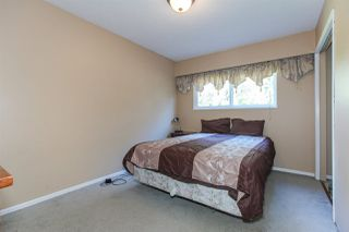 Photo 16: 18660 32 Avenue in Surrey: Hazelmere House for sale (South Surrey White Rock)  : MLS®# R2382200