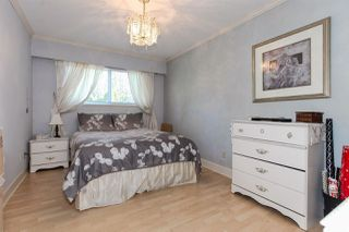 Photo 17: 18660 32 Avenue in Surrey: Hazelmere House for sale (South Surrey White Rock)  : MLS®# R2382200