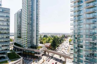 "Photo 14: 1802 455 SW MARINE Drive in Vancouver: Marpole Condo for sale in ""W1"" (Vancouver West)  : MLS®# R2382915"