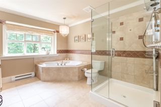 Photo 12: 7682 161 Street in Surrey: Fleetwood Tynehead House for sale : MLS®# R2385013