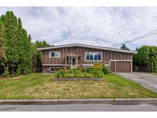 Main Photo: 45115 BALMORAL Avenue in Sardis: Sardis West Vedder Rd House for sale : MLS®# R2388333