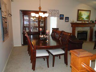 Photo 4: 11422 239 Street in Maple Ridge: Cottonwood MR House for sale : MLS®# R2392095