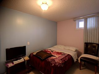 Photo 9: 9811 163 Avenue in Edmonton: Zone 27 House for sale : MLS®# E4170896