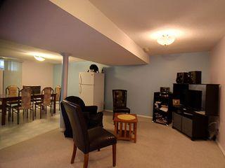 Photo 5: 9811 163 Avenue in Edmonton: Zone 27 House for sale : MLS®# E4170896