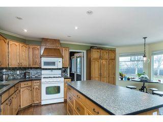 "Photo 8: 16089 93 Avenue in Surrey: Fleetwood Tynehead House for sale in ""MAPLE GLEN"" : MLS®# R2421080"