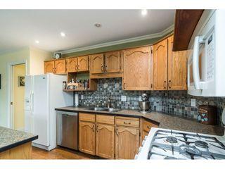 "Photo 9: 16089 93 Avenue in Surrey: Fleetwood Tynehead House for sale in ""MAPLE GLEN"" : MLS®# R2421080"