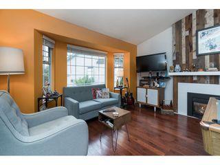 "Photo 3: 16089 93 Avenue in Surrey: Fleetwood Tynehead House for sale in ""MAPLE GLEN"" : MLS®# R2421080"