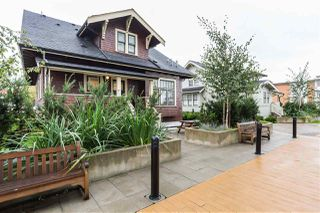 Photo 20: 404 EIGHTH Street in New Westminster: Uptown NW Townhouse for sale : MLS®# R2428299