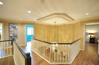 """Photo 11: 8916 206 Street in Langley: Walnut Grove House for sale in """"Forest Creek"""" : MLS®# R2433057"""