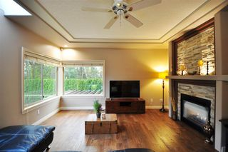 """Photo 7: 8916 206 Street in Langley: Walnut Grove House for sale in """"Forest Creek"""" : MLS®# R2433057"""