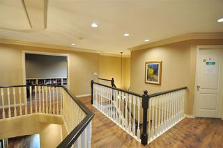 """Photo 12: 8916 206 Street in Langley: Walnut Grove House for sale in """"Forest Creek"""" : MLS®# R2433057"""
