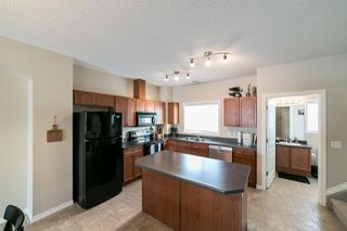 Photo 3: 52 3010 33 Avenue in Edmonton: Zone 30 Townhouse for sale : MLS®# E4188488