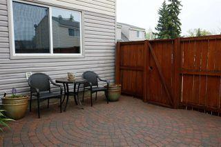 Photo 3: 5638 148 Street in Edmonton: Zone 14 Townhouse for sale : MLS®# E4198349