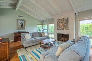 Photo 5: LA JOLLA House for sale : 4 bedrooms : 8946 La Jolla Scenic Dr N.