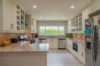 Photo 6: LA JOLLA House for sale : 4 bedrooms : 8946 La Jolla Scenic Dr N.