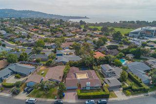 Main Photo: LA JOLLA House for sale : 4 bedrooms : 8946 La Jolla Scenic Dr N.