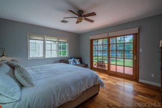 Photo 14: LA JOLLA House for sale : 4 bedrooms : 8946 La Jolla Scenic Dr N.