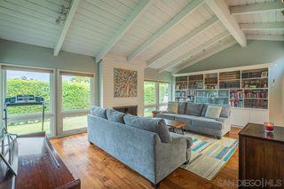 Photo 10: LA JOLLA House for sale : 4 bedrooms : 8946 La Jolla Scenic Dr N.