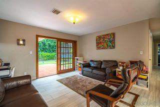 Photo 13: LA JOLLA House for sale : 4 bedrooms : 8946 La Jolla Scenic Dr N.